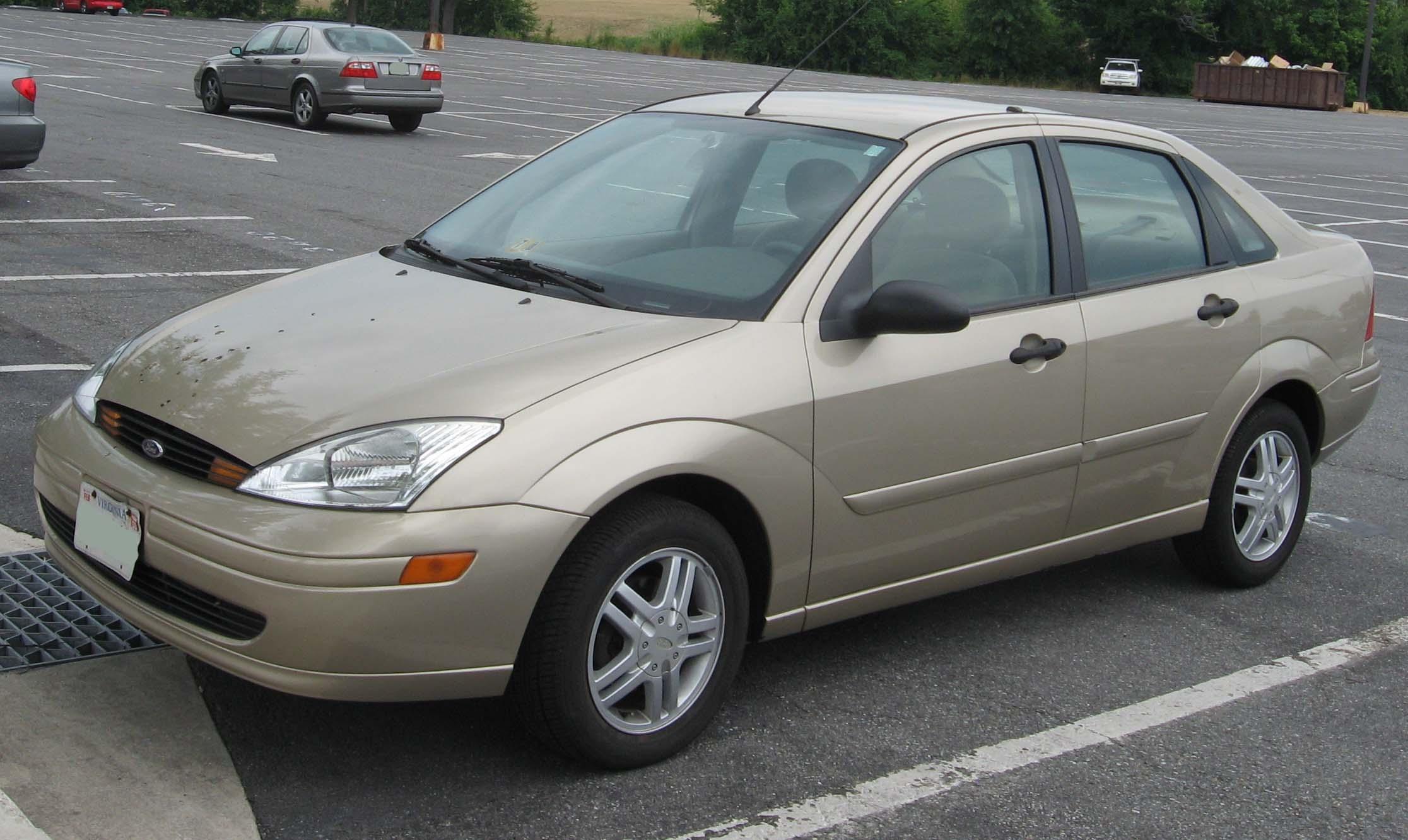 2004 ford focus pics