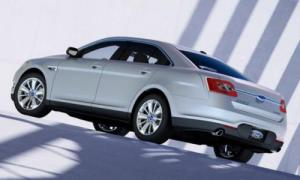 Ford Taurus 2010 Images