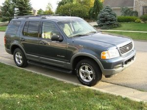 2010 Ford Explorer 4X4 Photos