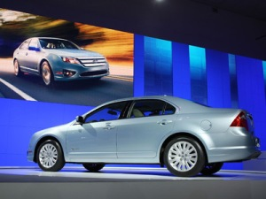 2009 Ford Fusion Hybrid Images